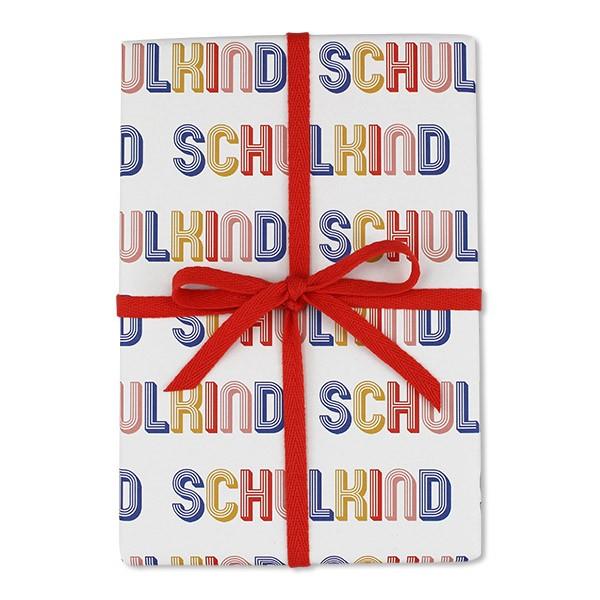 Geschenkpapier mit Schriftzug Schulkind